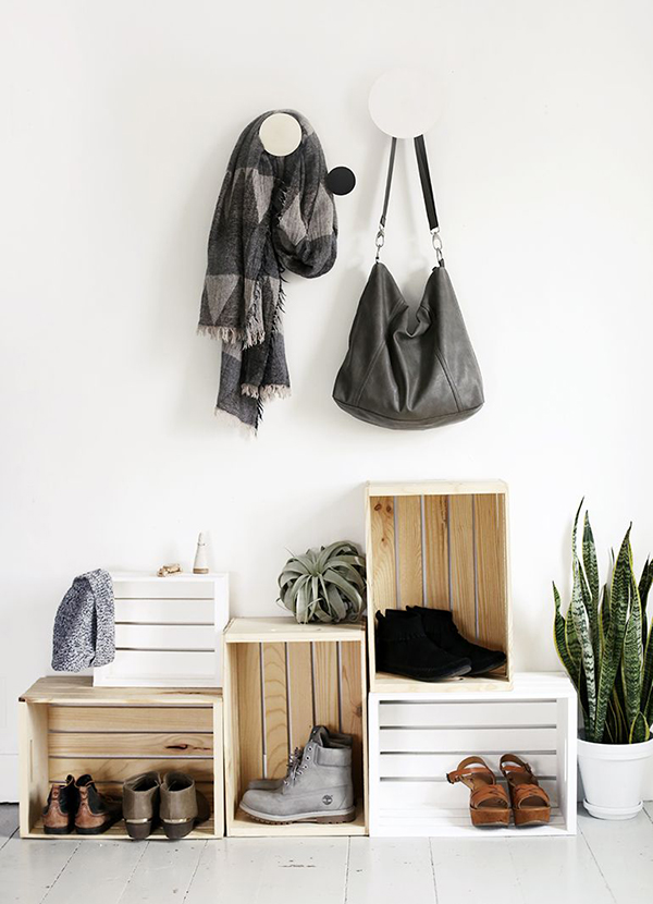 giá để giày dép làm từ thùng gỗ pallet